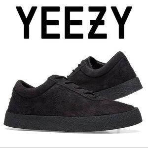 YEEZY Season 6 Crepe Graphite Sued Sneaker sz 7 40